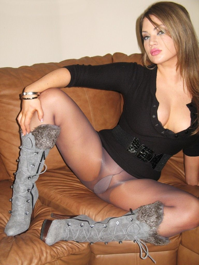 Pantyhose Webcam Pics 40